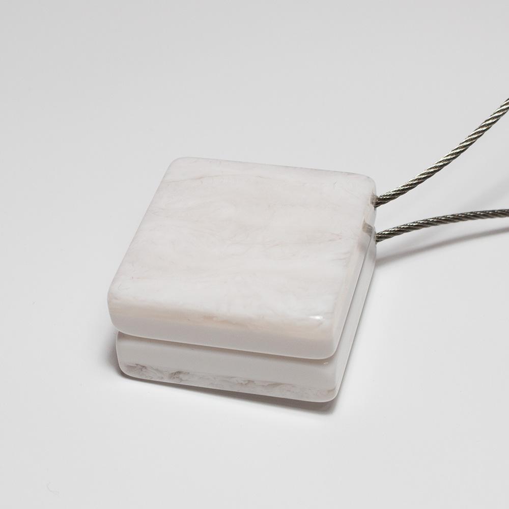 Квадратный магнит для штор