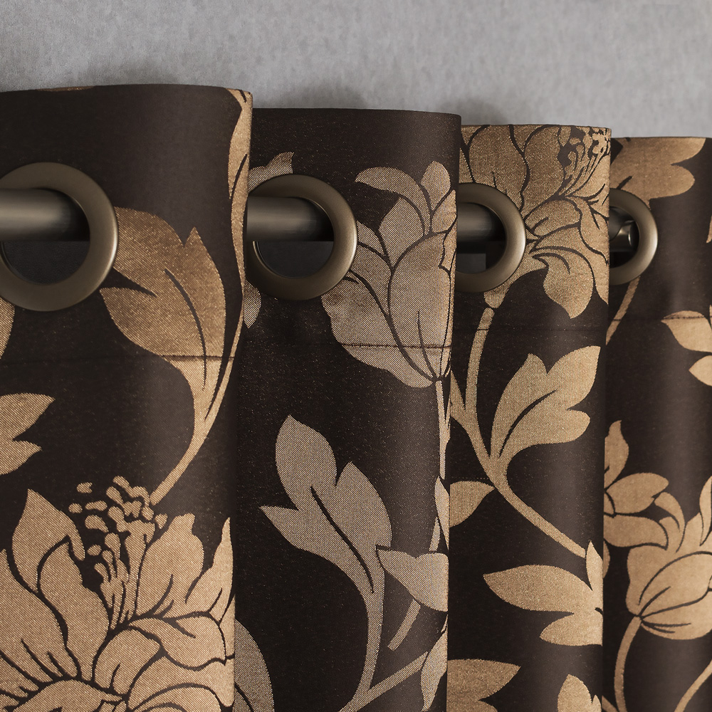 Шторы на люверсах с цветочным рисунком золотистого цвета