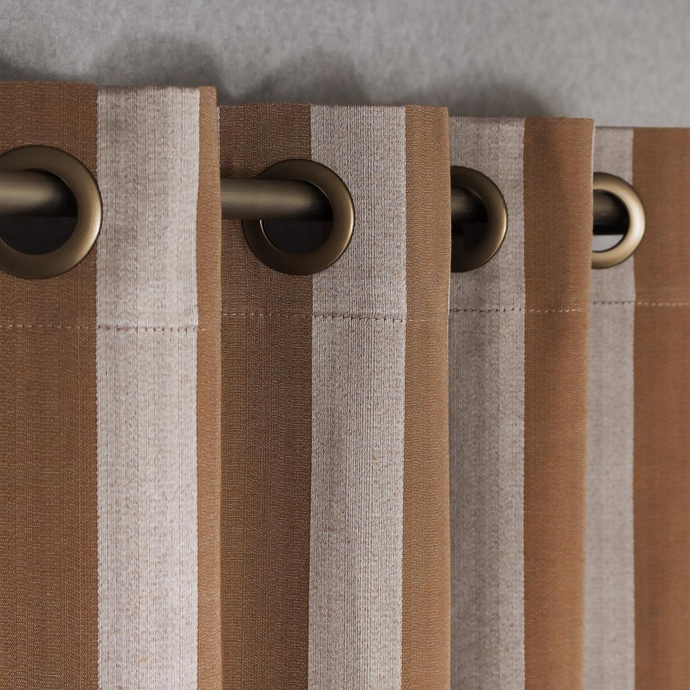 Шторы на люверсах сиреневого цвета в полоску