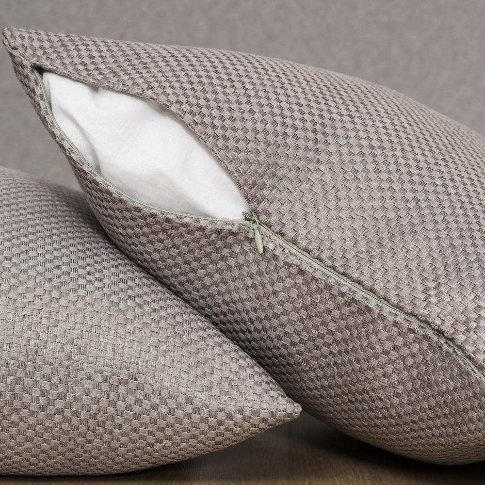 Подушка со съёмной наволочкой Bronte 100