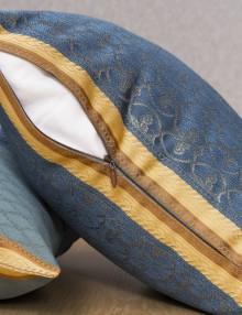 Декоративная подушка со съевной наволочкой