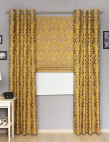 Комплект штор с классическим рисунком стостоит из римской шторы и штор на люверсах