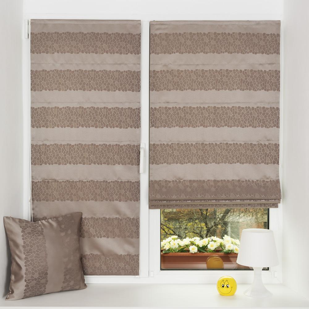 Мини римские шторы защищают от солнца