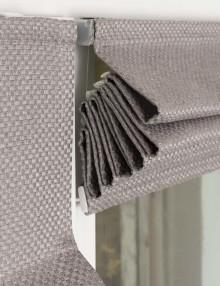 Собранная римская штора