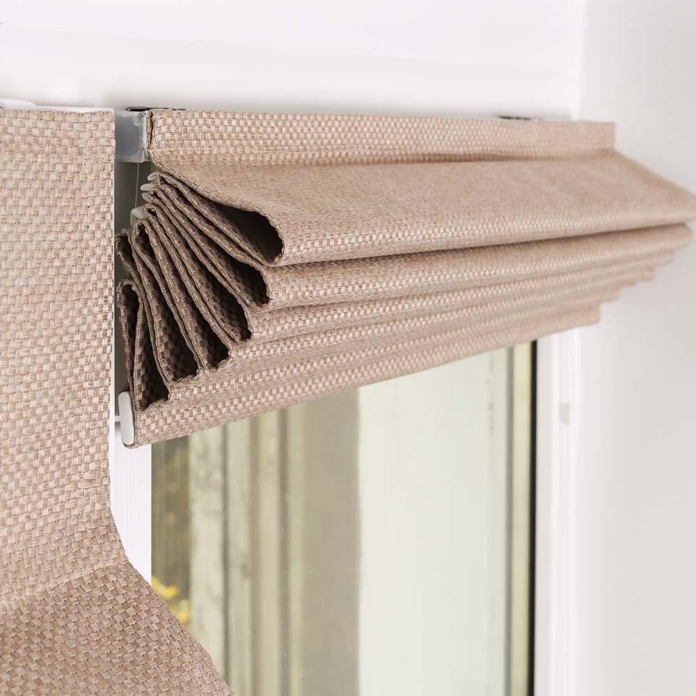поднятая мини римская штора на пластивоком окне