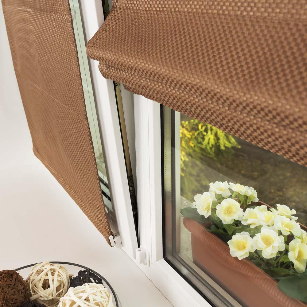 Мини римские шторы из плотной ткани на пластиковом окне