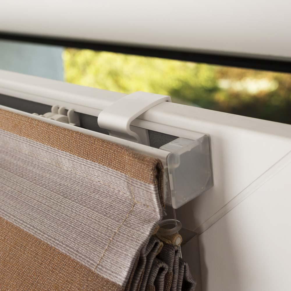 Крепление мини римской шторы на поворотно-откидное окно без сверления
