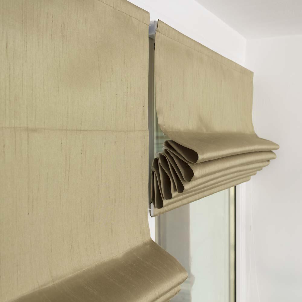 Мини римские шторы собранные в элегантные складки
