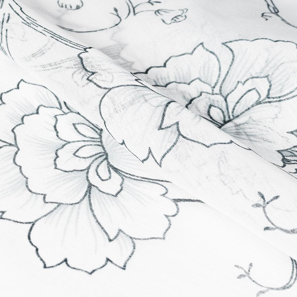 Шторы из лугкой портьерной ткани могут заменить тюль