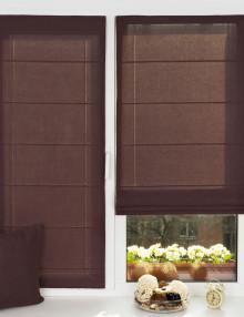 Две красивые мини римские шторы на окне с установкой без сверления