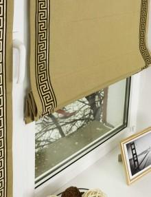 Красивые римские шторы оливкового цвета на окне