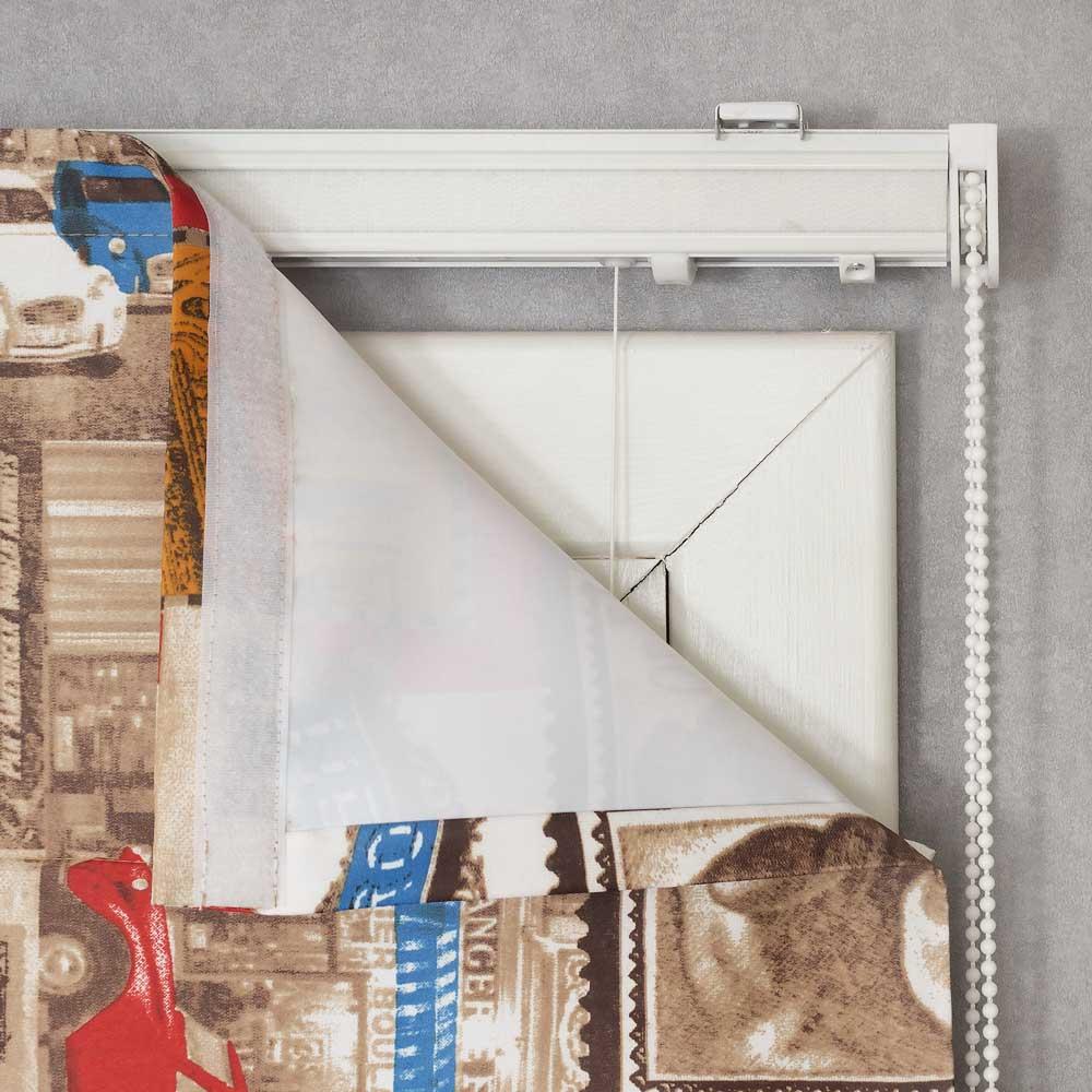 Римская штора может быть легко снята с карниза для стирки или сухой чискти