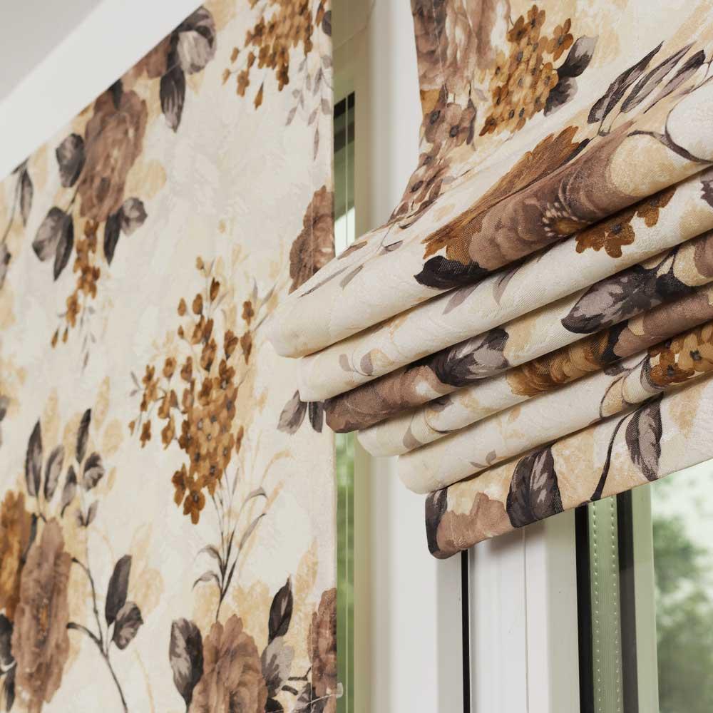 Мини римские шторы собранные в складки
