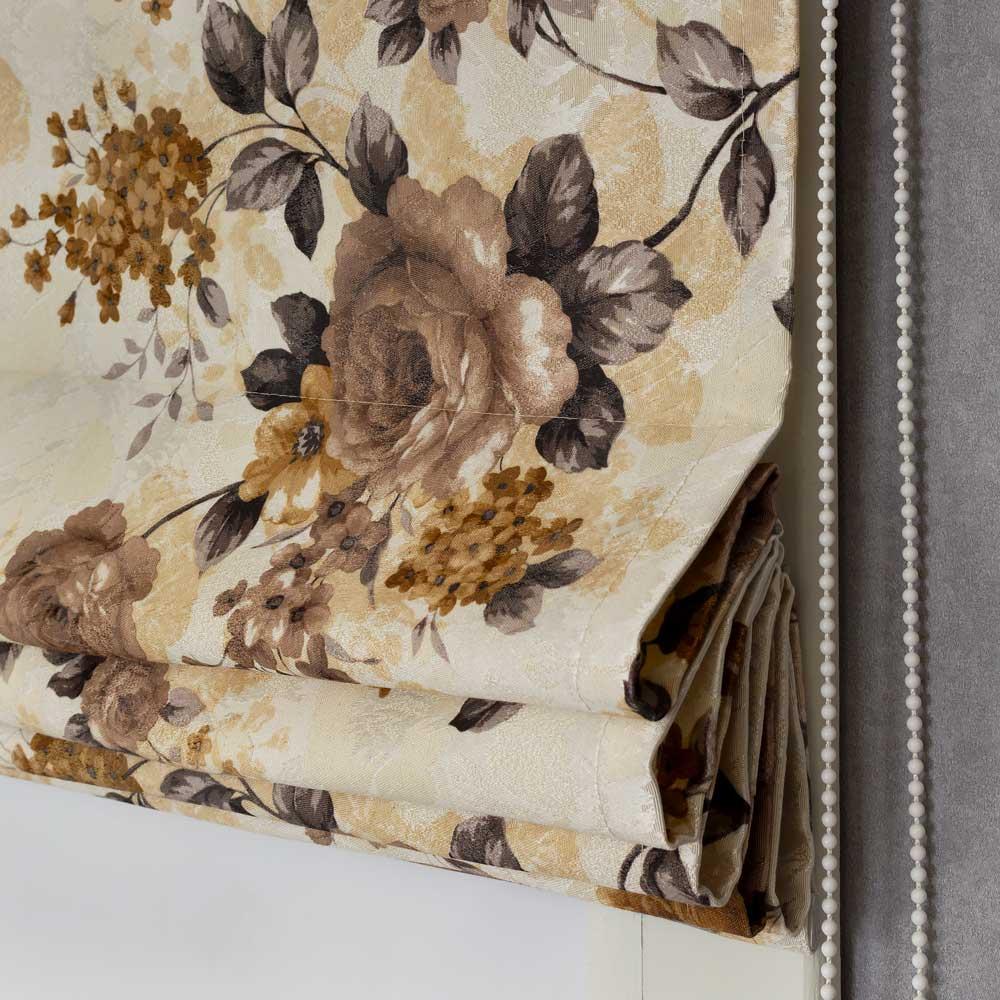 Римская штора из ткани с цветочным рисунком