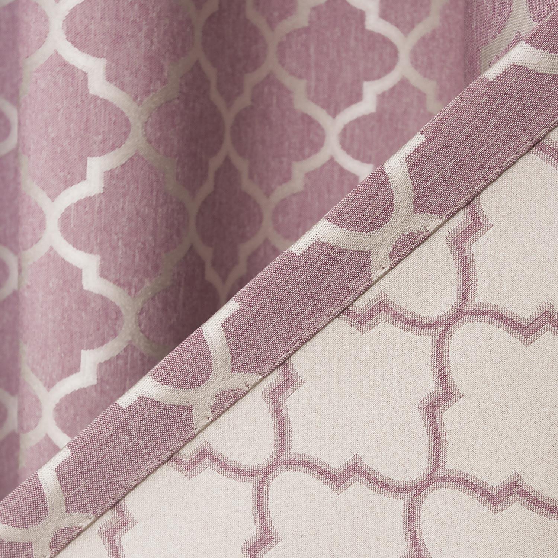Шторы розового цвета с орнаментом