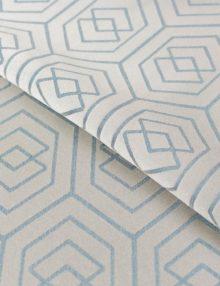 Ткань для штор с орнаментом
