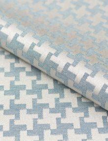 Ткань для штор с орнаментом гусиная лапка. Шторы из этой ткани подойдут для современного интерьера кухни