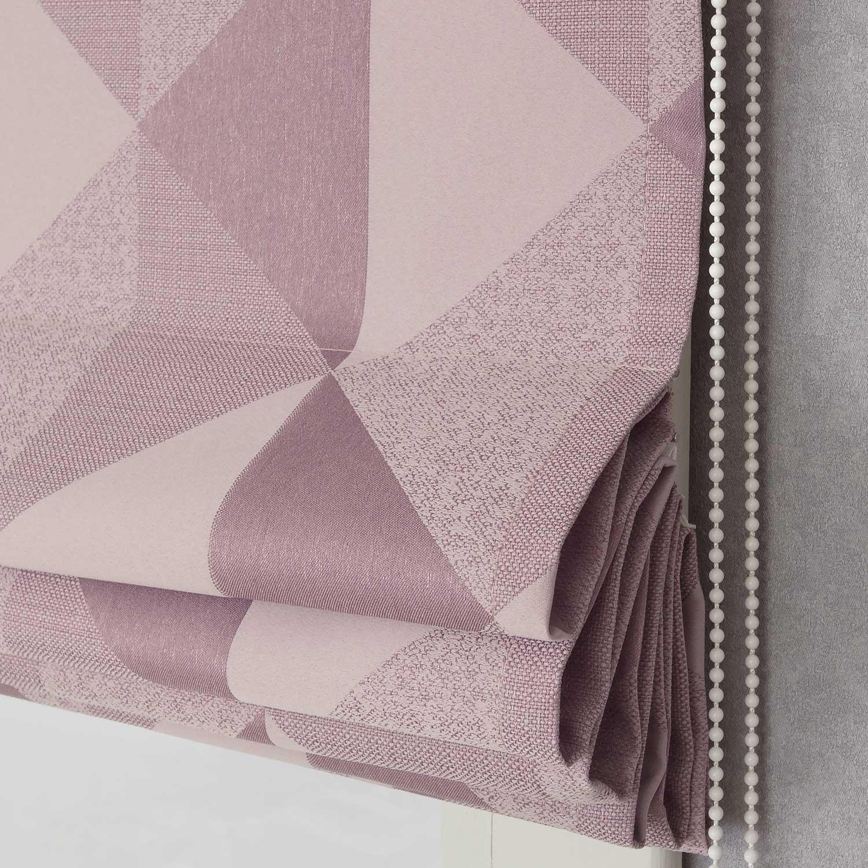 Римская штора розового цвета с механическим подъемным механизмом