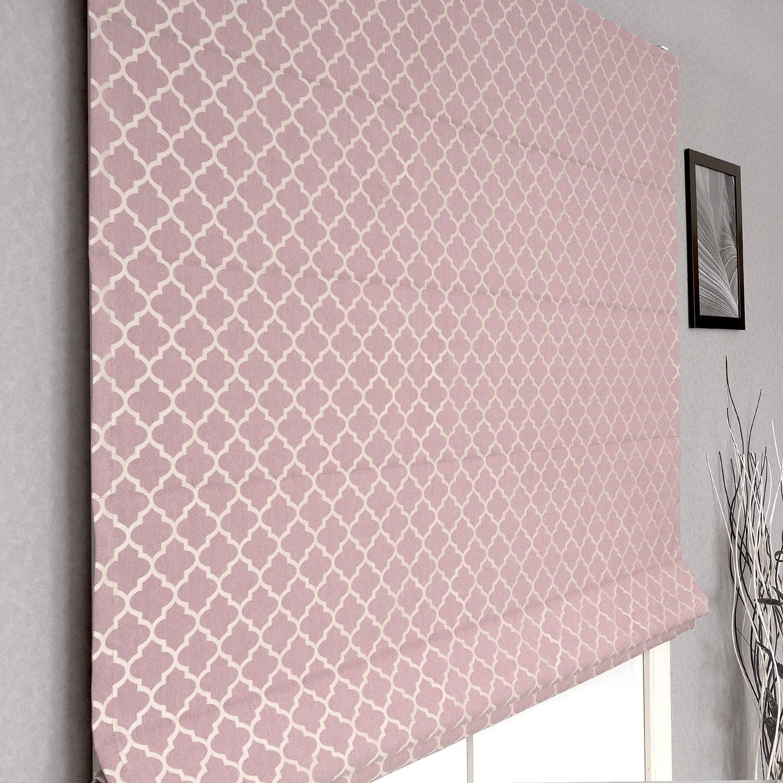 Римская штора розового цвета с крупным орнаментом