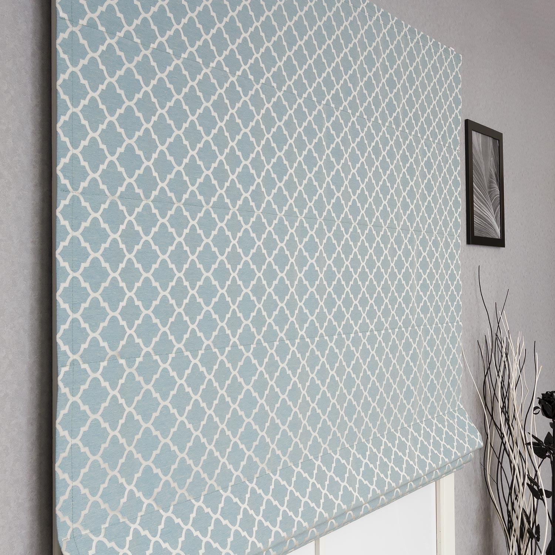 Римская штора из ткани Adele голубого цвета будет украшать любой интерьер