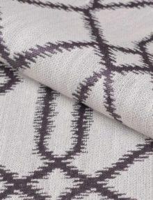 Ткань с орнаментом напоминает натуральный лен