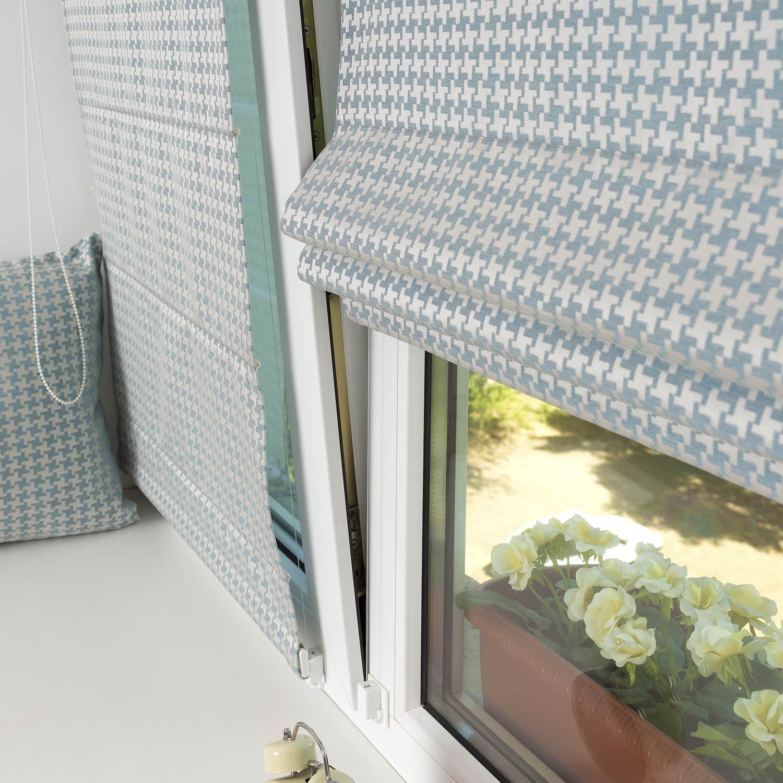 Две красивые мини римские шторы на пластиковом окне с установкой без сверления.