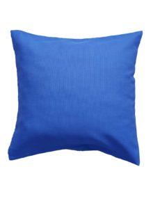 Подушка из синей ткани