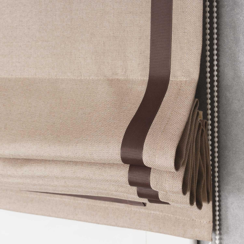 Римская штора собранная в элегантные складки