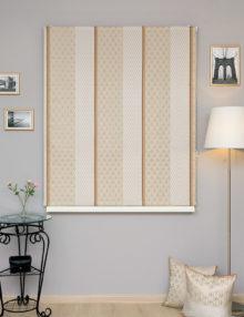Красивые римские шторы для гостиной комнаты в классическом стиле