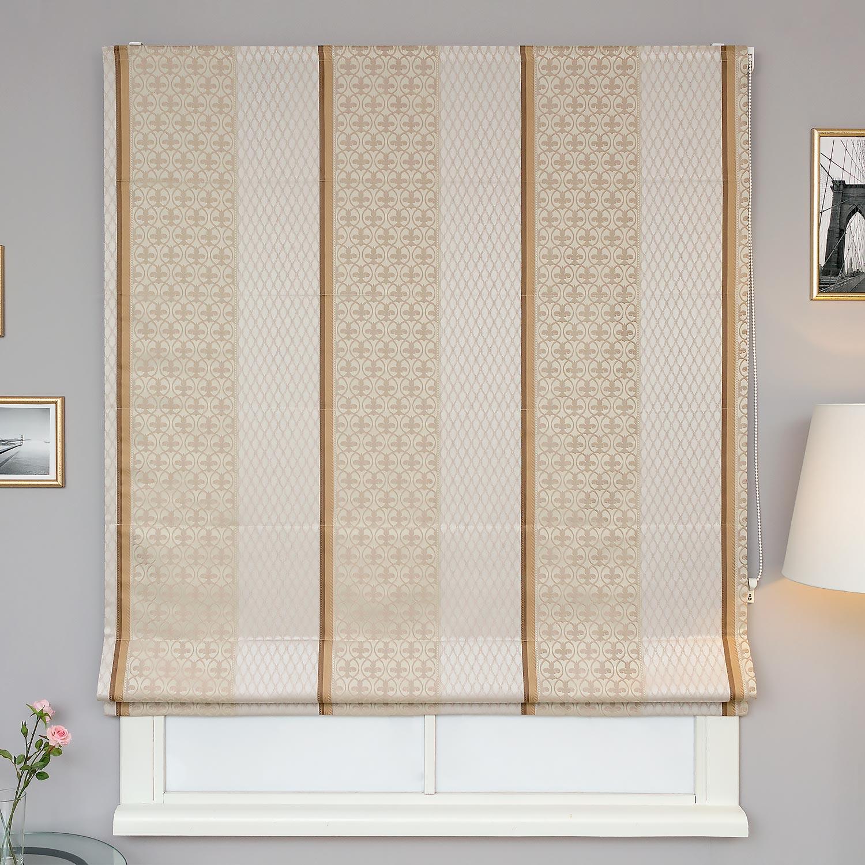 Римские шторы для гостиной в классическом стиле