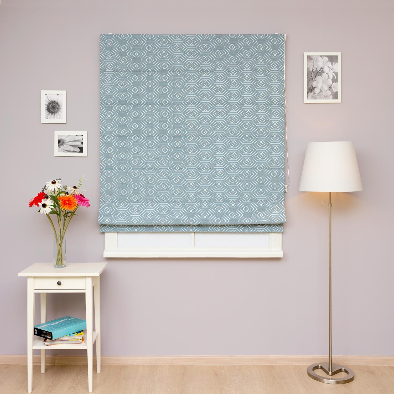 Римские шторы бирюзового голубого цвета для гостиной