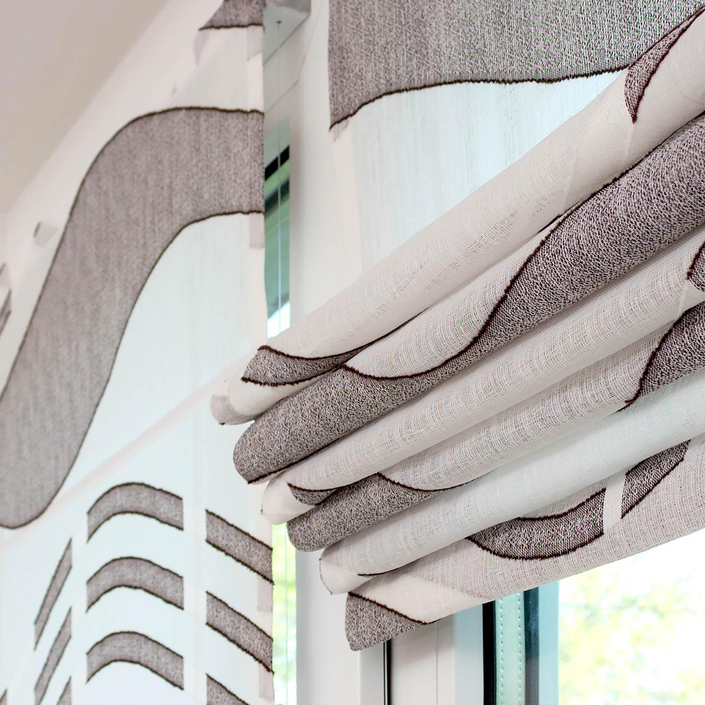 Мини римские шторы собираются в красивые аккуратные складки