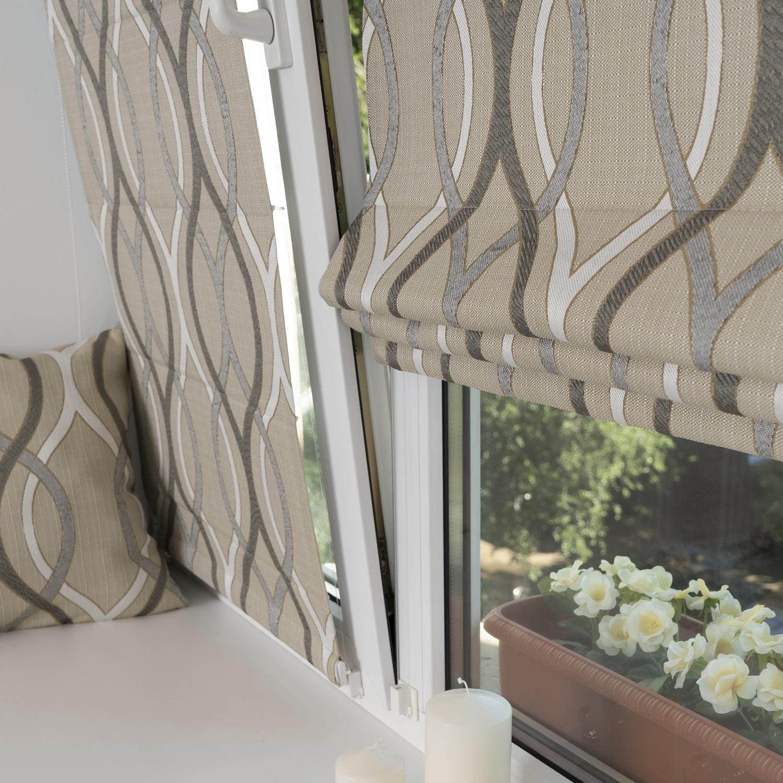 Две мини римские шторы на окне с установкой без сверления
