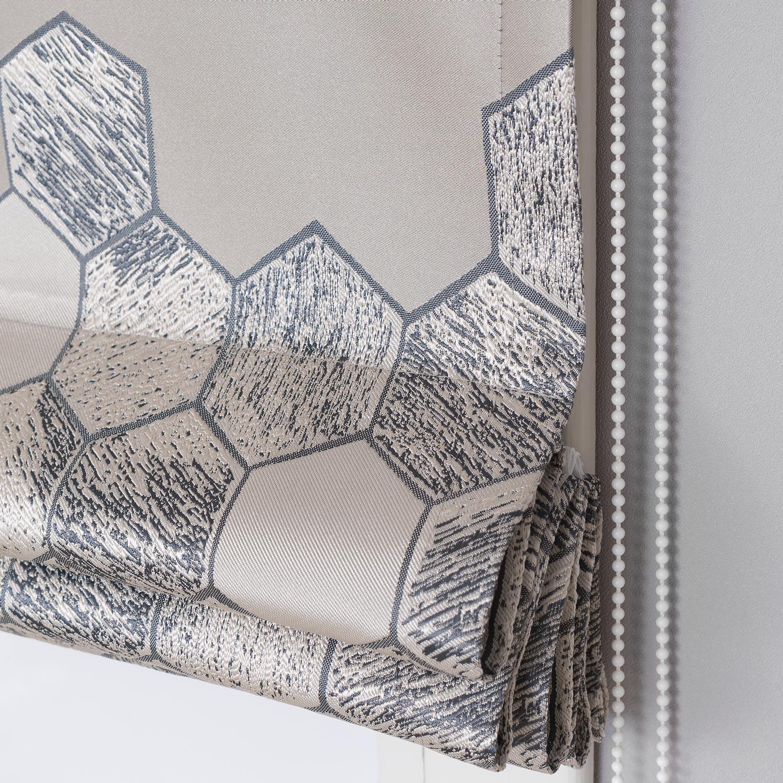 Красивая римская штора с орнаментом из ткани с шестиугольниками